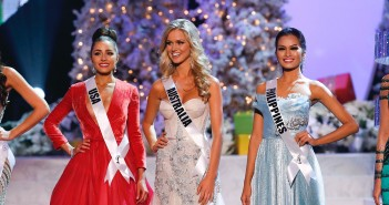 The remaining five contestants, from left, Miss Brazil, Gabriela Markus; Miss USA, Olivia Culpo; Miss Australia, Renae Ayris; Miss Philippines, Janine Tugonon; and Miss Venezuela, Irene Sofia Esser Quintero; stand together during the Miss Universe competition, Wednesday, Dec. 19, 2012, in Las Vegas. (AP Photo/Julie Jacobson)  ORG XMIT: NVJJ112