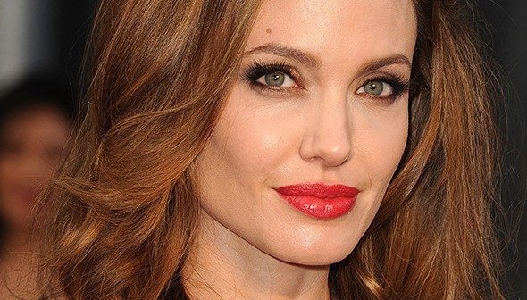 angelina jolie_red lips